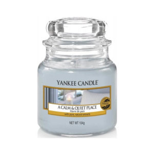Yankee Candle A Calm & Quiet Place - Świeca Mała