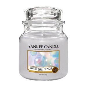 Yankee Candle Sweet Nothings - Świeca Średnia