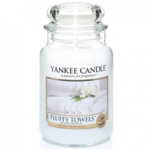 Yankee Candle Fluffy Towels - Świeca Duża